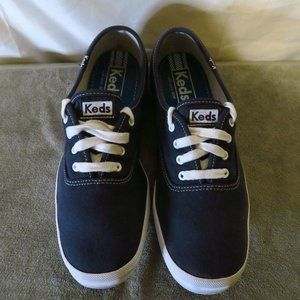 Ked's Champion CVO canvas lace up shoes